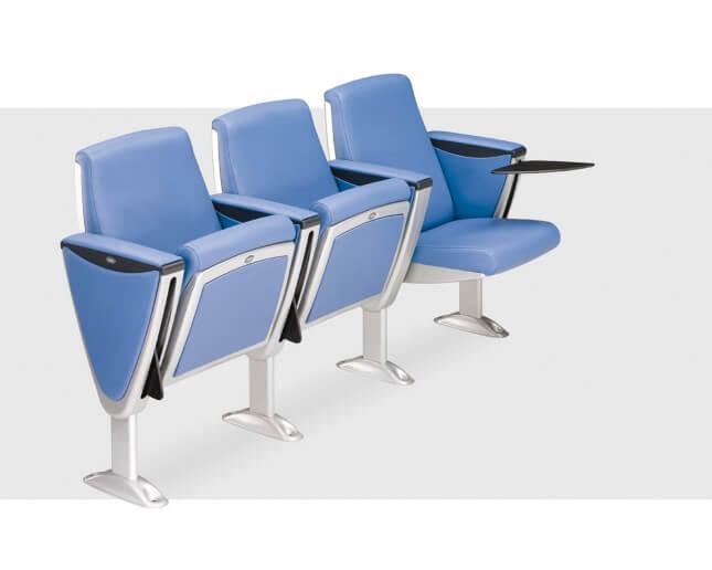 Butacas auditorio azules con plataforma para escribir